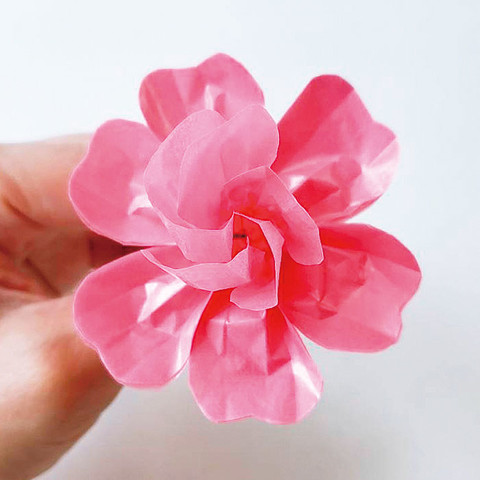 グラシン紙で手作り薔薇のコサージュ-04