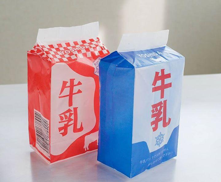 圧倒的牛乳パック感!リアルな牛乳パック型紙風船
